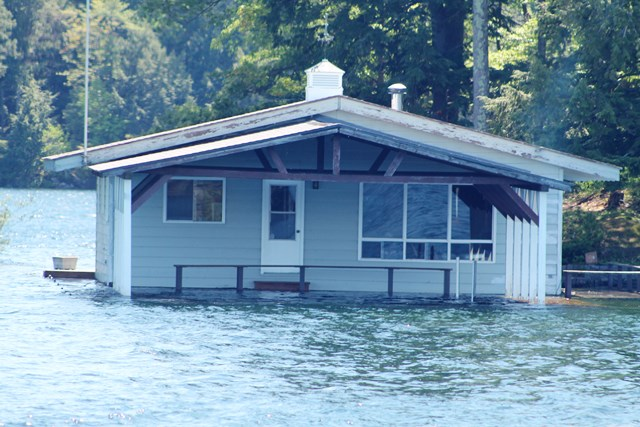 Cottage with high water levels